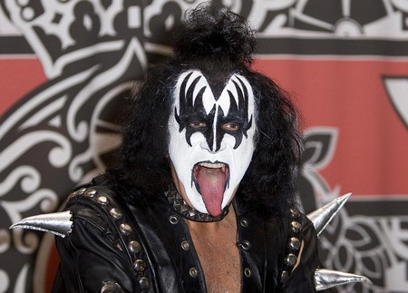 Gene Simmons Tongue Why Is Gene Simmons Tongue So Long